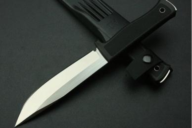 Универсальный нож выживания A1 (VG10, пластиковые ножны) Fallkniven, Швеция