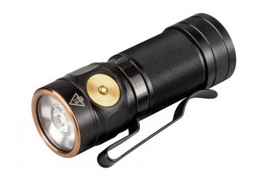 Светодиодный фонарь E18R (750 лм) Fenix
