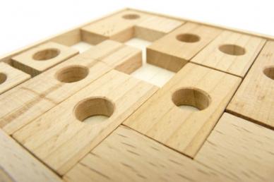 головоломка из дерева