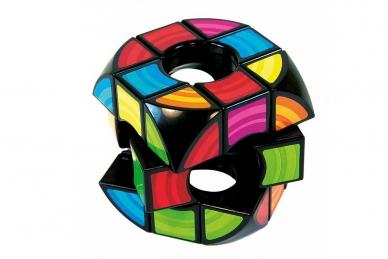 Пустой кубик Рубика, Rubik's