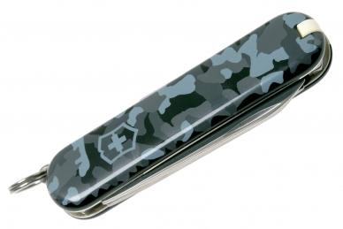 Складной нож Classic SD (Navy Camo) Victorinox, сложен