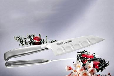 Прочный нож Сантоку Narihira 160 мм (сталь Мо-V, рукоять сталь) FC-343 Tojiro