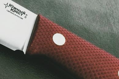 Нож XM D2 (краповая микарта с оружейной насечкой) Южный Крест