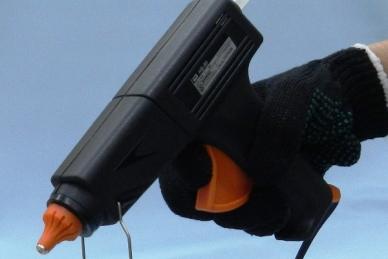 Пистолет термоклеевой HB-80 Goot