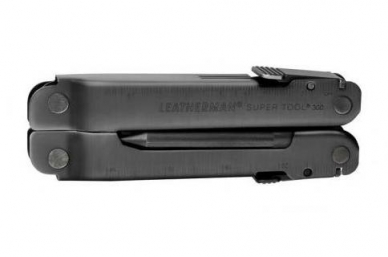 Мультитул SuperTool 300 EOD Leatherman, сложенный