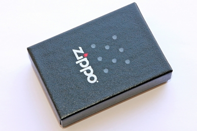 Зажигалка Zippo 207 Grunge Flag - упаковка