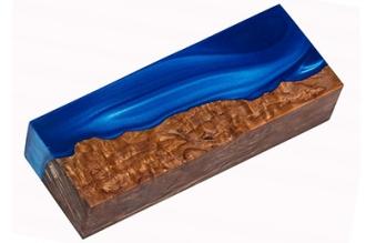 Заготовка для рукояти гибридная (синий перламутр / карельская береза)