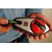 Шнур отбивочный, модель 215, Kapro, в руках